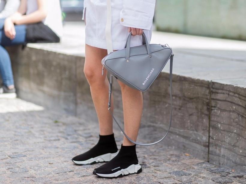 c408808163cee7 Женские кроссовки-носки Баленсиага: с чем носить, преимущества обуви